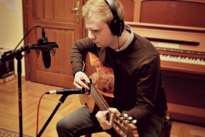 Tajniki tworzenia ścieżek dźwiękowych oraz samych dźwięków do gier wideo zdradza nam kompozytor Krzysztof Kowal